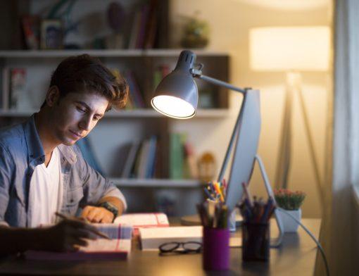 Quer saber como começar a estudar para Medicina? A gente ajuda você!